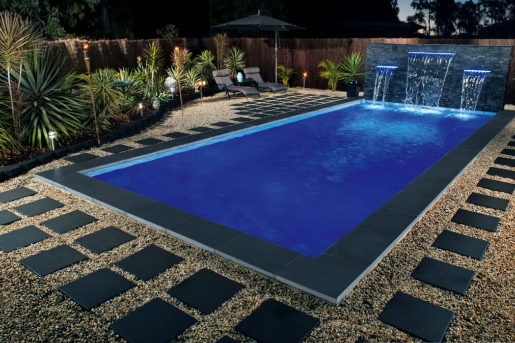 Bluestone-Honed-pool-paving-tile1.jpg1