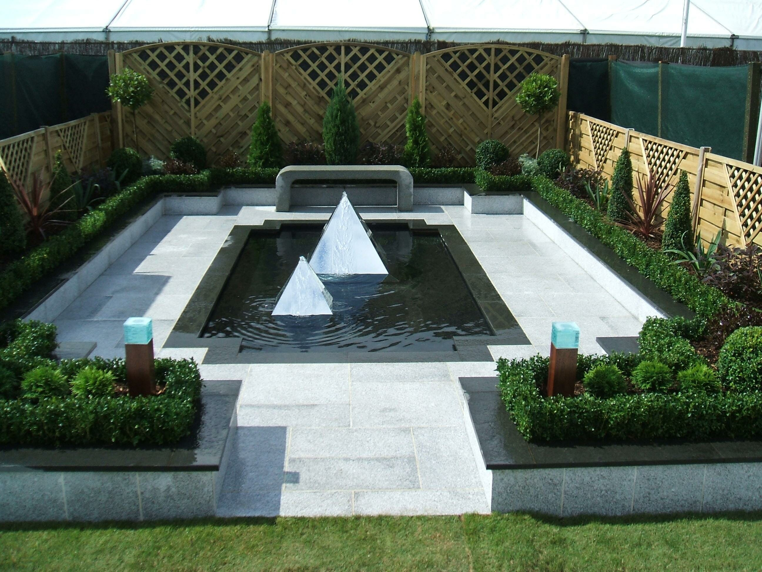 DOVE-WHITE-GRANITE-OUTDOOR-PAVERS